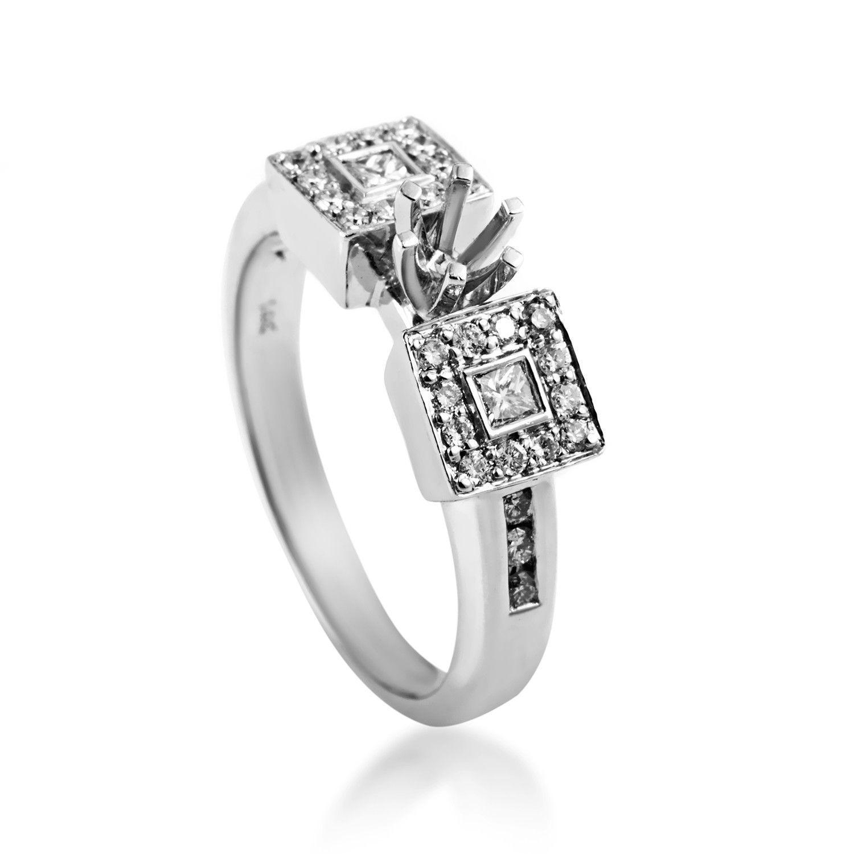 Trois Diamants 14K White Gold Diamond Engagement Ring Mounting