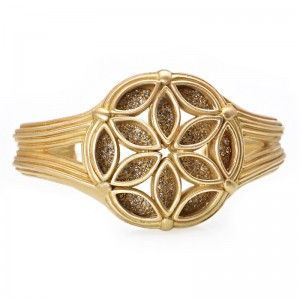 Slane & Slane 18K Yellow Gold Diamond Fenestra Cuff